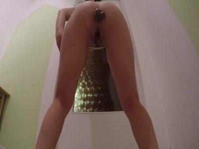 Mia Roxxx - Nice turd, long legs...